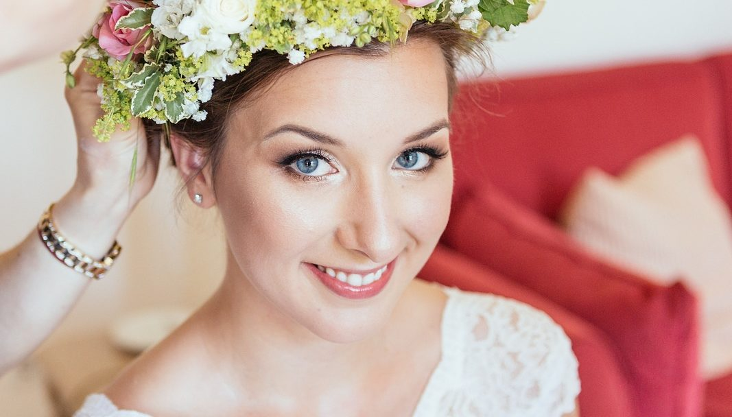 Elena Barweg Visagistin Hairstylistin Brautstyling Make Up
